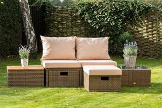This versatile set is comfortable & could be used indoors or out.