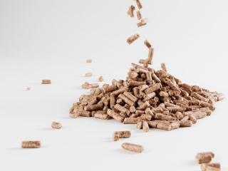100% German beech pellets for cooking in the Uuni oven or other wood-fired grills or barbecues.