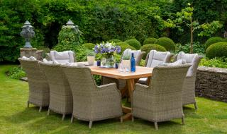 The Kuta 240cm Set is perfect for alfresco dining.  This stunning set applauds its cracks, knots and fill-ins and will give you a dining set of unique character.