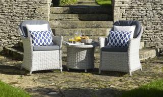 The stylish Monterey 70cm Bistro Set is the perfect set for relaxing within the garden.